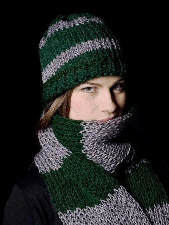 Harry Potter Scarf Knitting Pattern Slytherin : 17 Best images about Knitting on Pinterest Free pattern ...