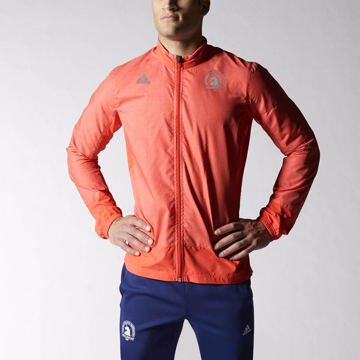 The weather on Patriots' Day can go either way, so dress for the wet in this men's running jacket. Made with climaproof® for breathable, waterproof protection from the elements, this jacket is built for mobility, with a zip media pocket and reflective panels. The 2015 Boston Marathon logo flies on the chest.