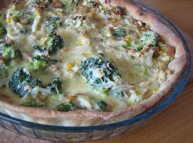 Tarte de atum, brócolos e ovos cozidos