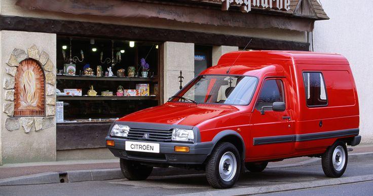 Waarom de Citroën C15 de beste driftauto ooit is - https://www.topgear.nl/autonieuws/waarom-de-citroen-c15-de-beste-driftauto-ooit-is/