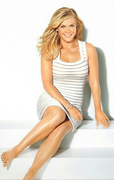 Alison Sweeney  American dramatic actress, reality show host, director and author