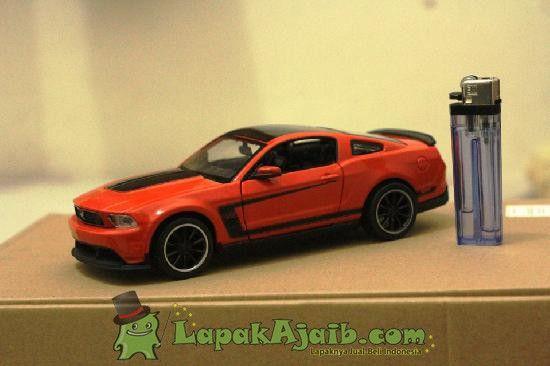 Diecast Ford Mustang Boss 302