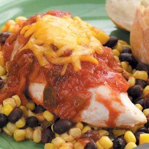 Slow Cooker Southwestern Chicken Recipe from Taste of Home  #crockpot