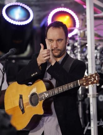 Dave Matthews performs on the NBC Today show live from Rockefeller Center in New York City on June 5, 2009. (UPI Photo/John Angelillo)