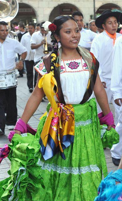 Sola de Vega Woman Mexico   ( Culture People Life & Folklore  Traditions  )