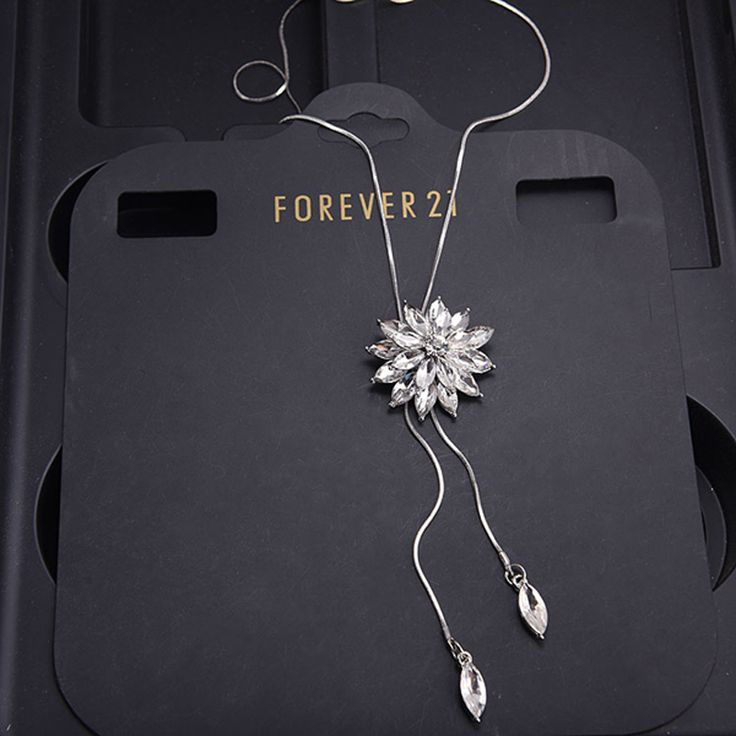 High Quality Glaring Crystal Jewelry Sweater Chain Women Flower Pendant Necklaces Long Chain Necklace For Woman DG2271