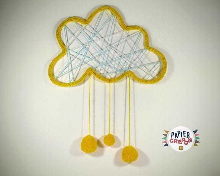Nuage+Dream+Catcher+en+tricotin+avec+gouttes+pompo+de+Papier+Crépon+sur+DaWanda.com