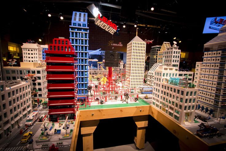"""Legoland California Resort in Carlsbad will build on the big buzz over """"The Lego Movie"""" by opening a new movie set attraction with models of characters and scenes taken from the film."""