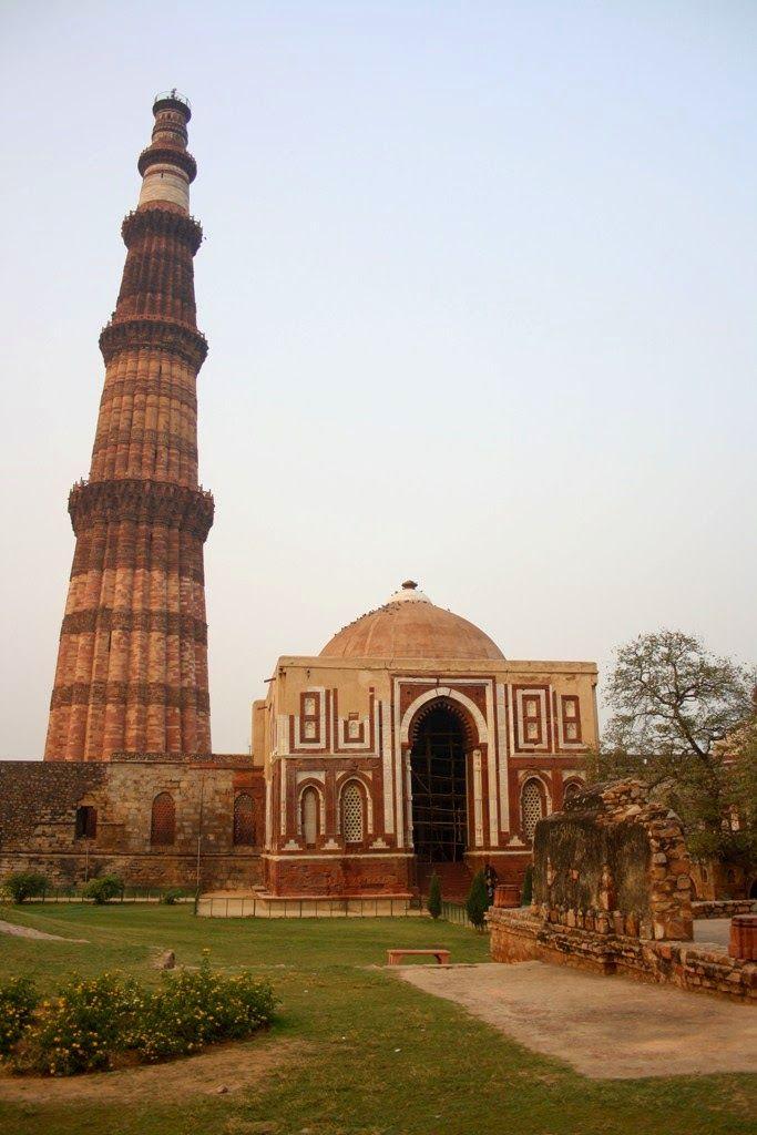 Delhi Monuments, Most Popular Places In Delhi | World Visits