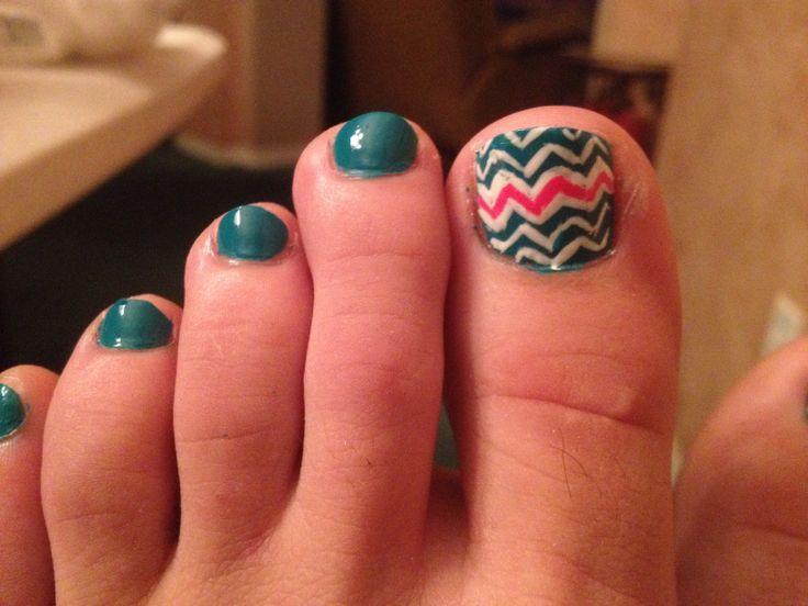 Teal and pink chevron toe nail art