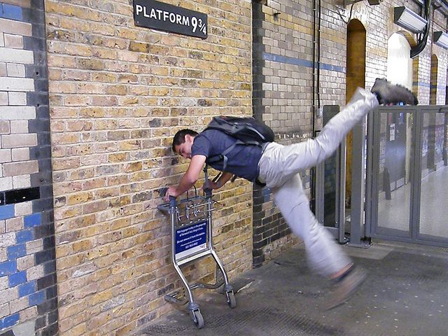 The Real 'Harry Potter' Platform 9 3/4 at London's Kings Cross Station