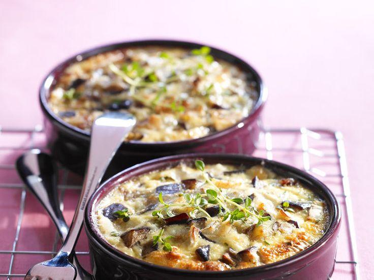 Découvrez la recette Clafoutis d'aubergine sur cuisineactuelle.fr.