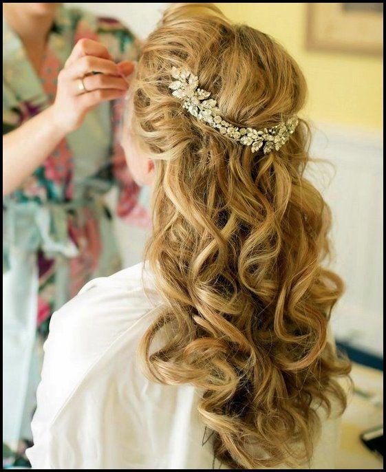 35 Hochzeit Frisuren: Entdecken Sie Top-Trends des nächsten Jahres für Bräute 2018   – Neue Frisuren