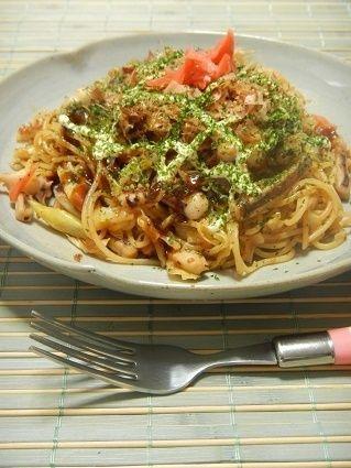 野菜もたくさん食べられる♪「焼きパスタ」アレンジレシピ7選 - macaroni 4、お好み..な..焼きパスタ
