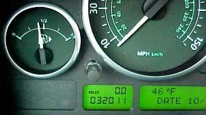 Land Rover, Range Rover műszercsoport / kilóméteróra pixelhiba javítása akár 1 óra alatt.  http://www.pixelfix.net/mercedes_audi_vw_seat_saab.html