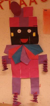* Zwarte Piet van blokjes ( 16 vierkantjes laten vouwen) Alles opplakken daarna de Piet uitknippen en de voeten en handen van muizentrapjes eraan vastplakken!