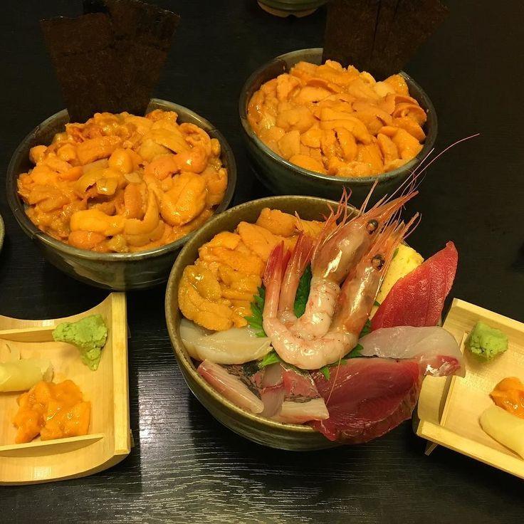 とてもおいしいウニ丼 #うに丼 #うに #美味しい #築地# 東京 #日本#japanesefood #tsukiji #seaurchin #instadaily #instafood#foodporn#lfl#l4l #tokyo#japan#travel by ___je.s___