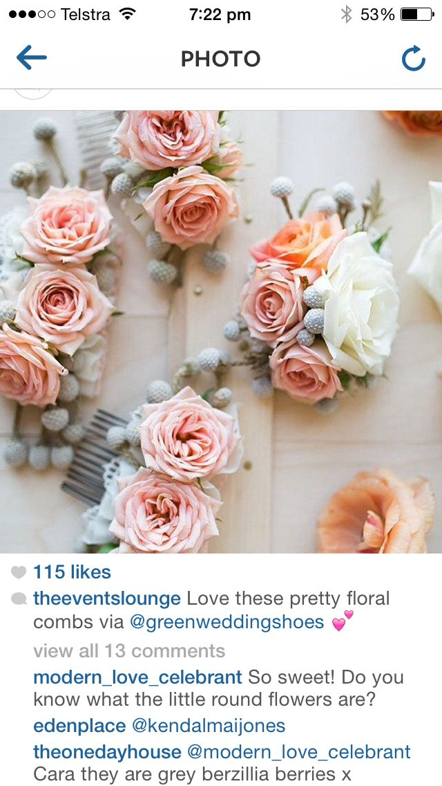 Flower combs for bridesmaids