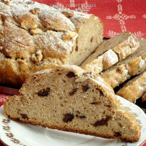 Vaříme zdravě » Celozrnná kvásková vánočka