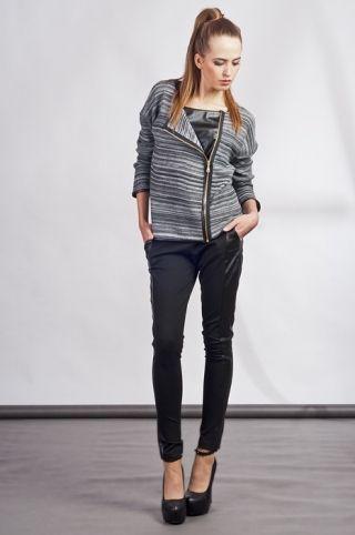 Sweter w prążki Swe104