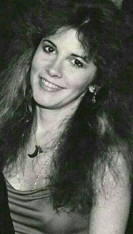 Stevie nicks just beautiful tusk and Bella Donna days. GORGEOUSITY!!