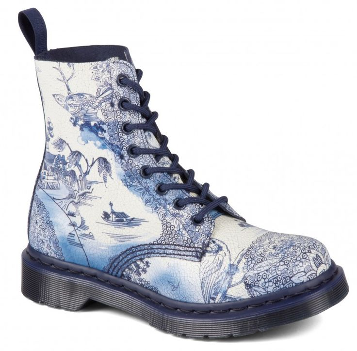 Dr. Martens Pascal White Navy Willow - 28088