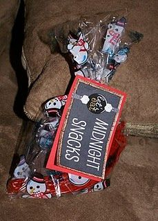 Midnight Snacks.  I found this tag idea over at tipjunkie.com last year and I thought it was so cute!  I just put some cookies an licorice into the bag and the kids got to eat them while we watched the ball drop in New York (10pm our time!) We used these with our kids but it would be fun at a grown up party too.  Dont forget the Bubbly Cider to toast with too!