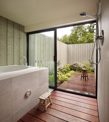 Tub, shower, outdoor shower