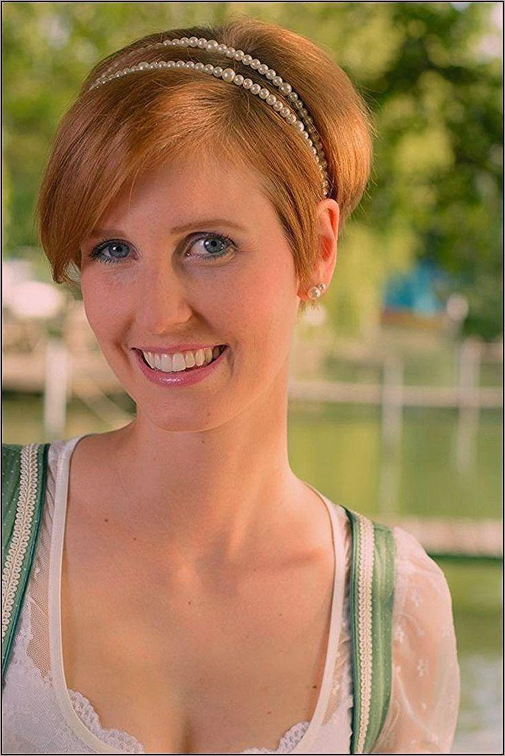 Oktoberfest Frisuren Kurze Haare Hochzeitsfrisuren Frisuren Haare Hochz Dirndl Frisuren Kurze Haare Frisur Oktoberfest Kurze Haare Frisuren