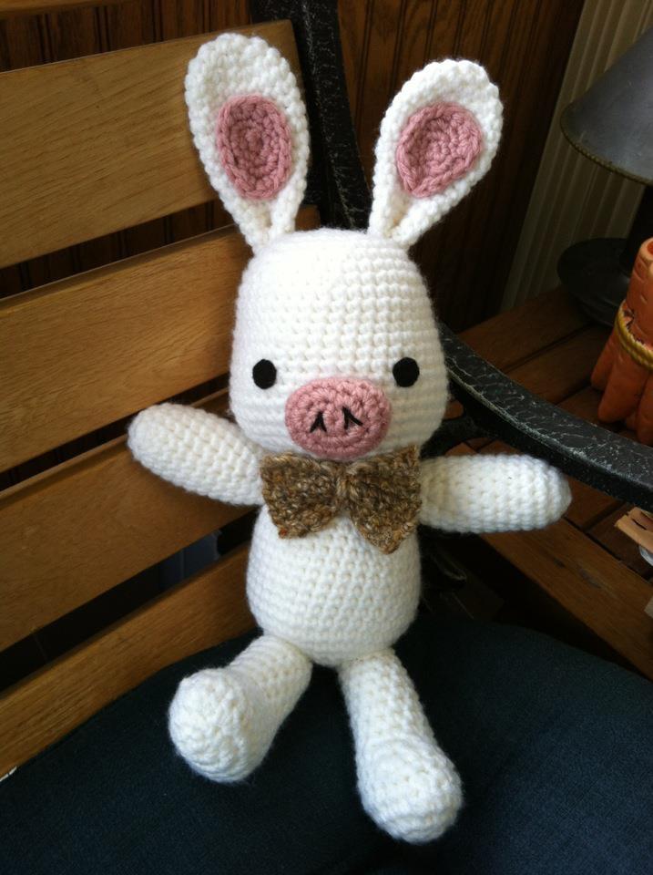 Amigurumi Pig Rabbit : 1000+ images about Amigurumi on Pinterest Free pattern ...