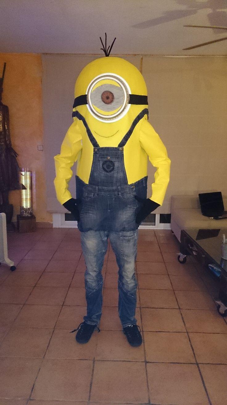 DIY costume Minion Video en español: http://youtu.be/YPsb0D0M4mw Vidéo en français: http://youtu.be/_newLri0IhQ