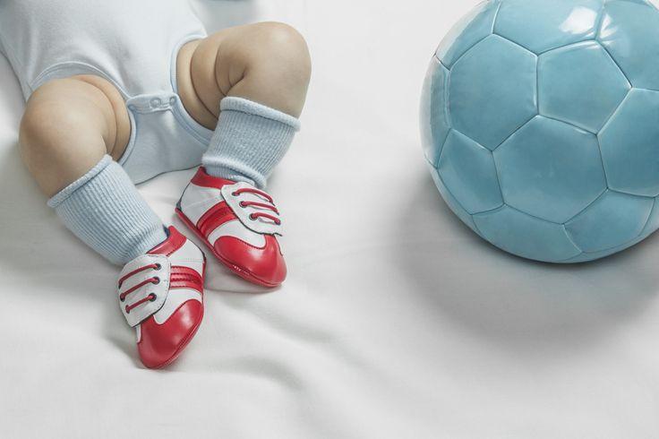 Las promesas del fútbol que debutan en Brasil 2014 | eHow en Español
