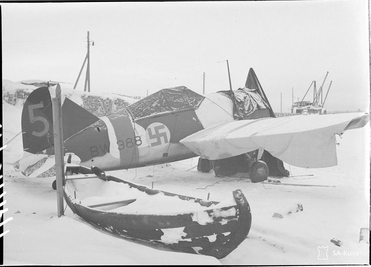 FINLAND AIR FORCE 1939/40 WINTER Nothing compares Finland Winter War -40celsius,mechanics drain all fluids of planes and heat it at drums