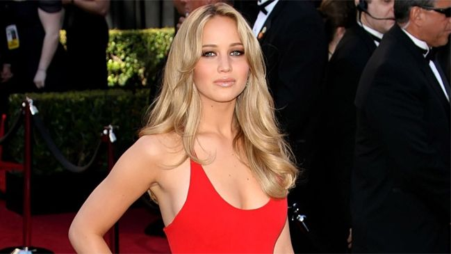 Fotos de Jennifer Lawrence desnuda desatan revuelo en internet - Cooperativa.cl