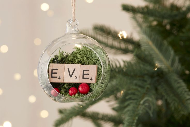 3 Ways to Use Fillable Baubles #christmas #baubles #fillable #personalised #name #easy #beginner