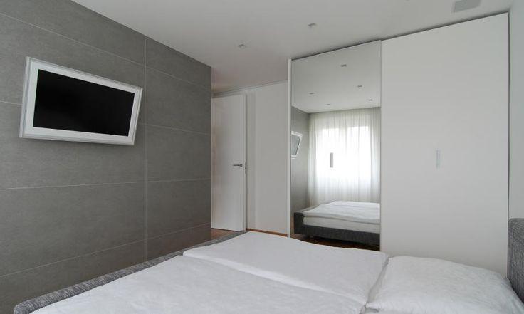 kleines Schlafzimmer Design kleinen slowakischen Wohnung verbessert mit LED Beleuchtung von vorgestellt Rudolf Lesňák