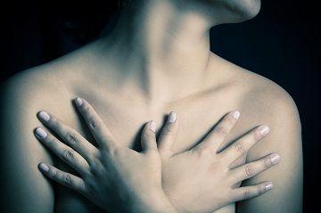 Breast Cancer / Καρκίνος του μαστού σε νέες γυναίκες,10 πράγματα που πρέπει να γνωρίζετε