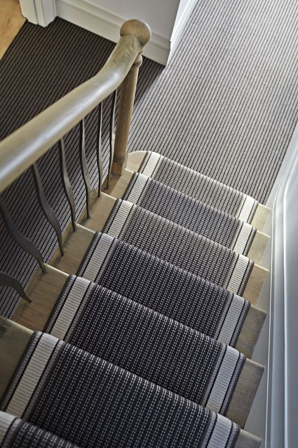 Roger Oates stair runners: it's all in the detail. A monochrome wool runner with coordinating hallway. #stairrunners