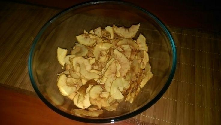 Aszaló géppel készített golden alma chips