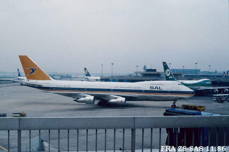 """zs-sas """"Helderberg"""" seen at Frankfurt in 1986"""