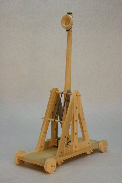 trebuchet project Q click the trebuchet design project folder q press the control key down, click the trebuchet design icon the folder contains the pdf files of the book and the models used in lessons 2 - 5.