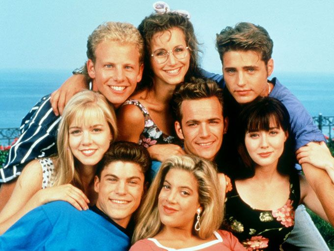 Cómo se ven ahora los chicos de Beverly Hills 90210. En octubre de este año se cumplen 25 años del estreno de la serie Beverly Hills 90210. Sus protagonistas fueron íconos de los 90 y así se ven ahora, 15 años después de que terminó el programa