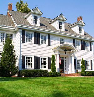 Colonial Revival Homes: American History Comes Home