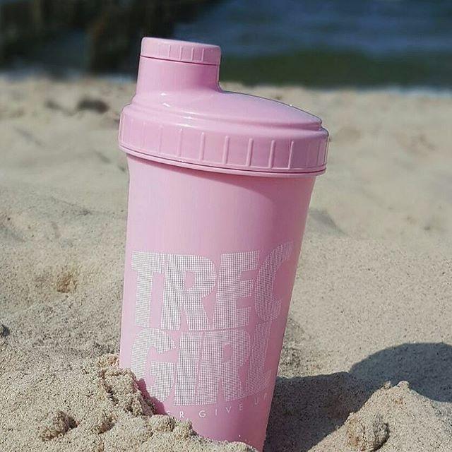 Wkrótce w sprzedaży :) #workout #trening #trecgirl #training #befit #sport #gymwear #active #sportswear # #shaker #szejker #fitness #getfit #polishgirl #motivation #instafit #fit #róż #pink #pinky #pastelove #pastele #pastelove #pudrowyróż #beach #plaża #wakacje #holiday #urlop @dolczi_ann @trecnutrition