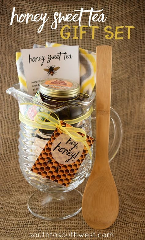 This DIY Honey Sweet Tea Gift Set is the perfect gift basket for foodies, hostesses, or anyone who is sweet! Get the instructions, plus a free printable tag in this post from South to Southwest Blog #HoneyforHolidays #ad