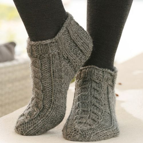 Alaska Knitted Ankle Socks – Free Pattern (Hand Knitting Tutorials)