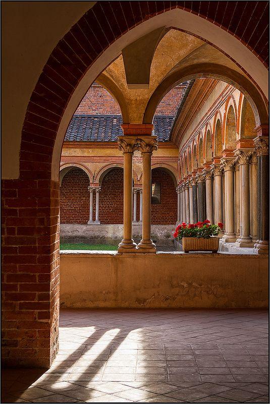 Chiostro della Basilica di Sant'Andrea a Vercelli