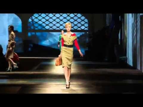 ▶ Prada Fall/Winter 2013-2014 - YouTube