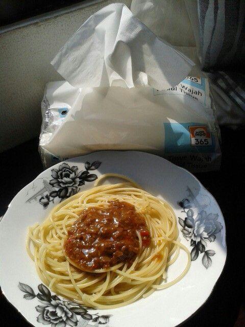 spaghetti rasa beef sauce cocok banget dimakan setelah lari pagi. Lapaaarr.. #supermeatlover  oh ya belinya di @infosuperindo ya! stock yang banyak supaya bisa dimasak setiap saat.