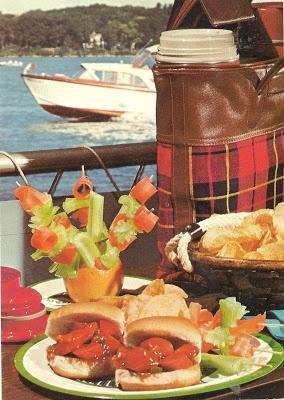 Sloppy Franks (Betty Crocker's New Outdoor Cookbook, 1967)